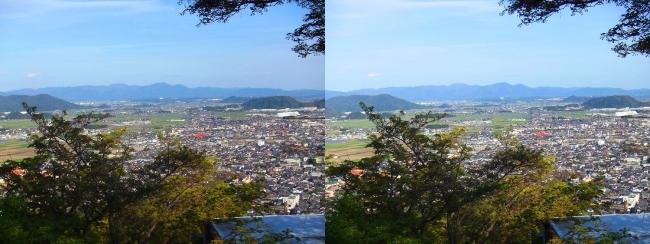 八幡山山頂 展望館④(平行法)