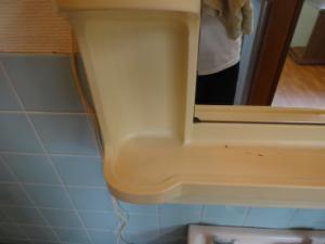 洗面台 棚 ハウスクリーニング