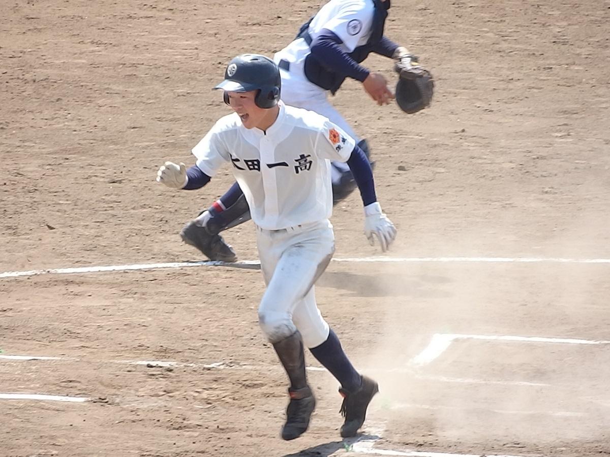 19_後半に入って先に得点したのは太田一!
