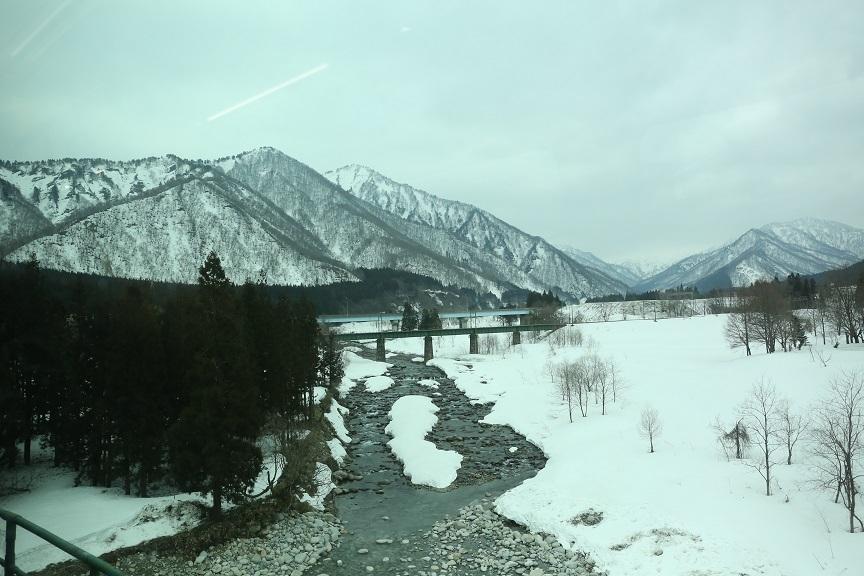 2017 4 1 雪の山河 ブログ用.jpg