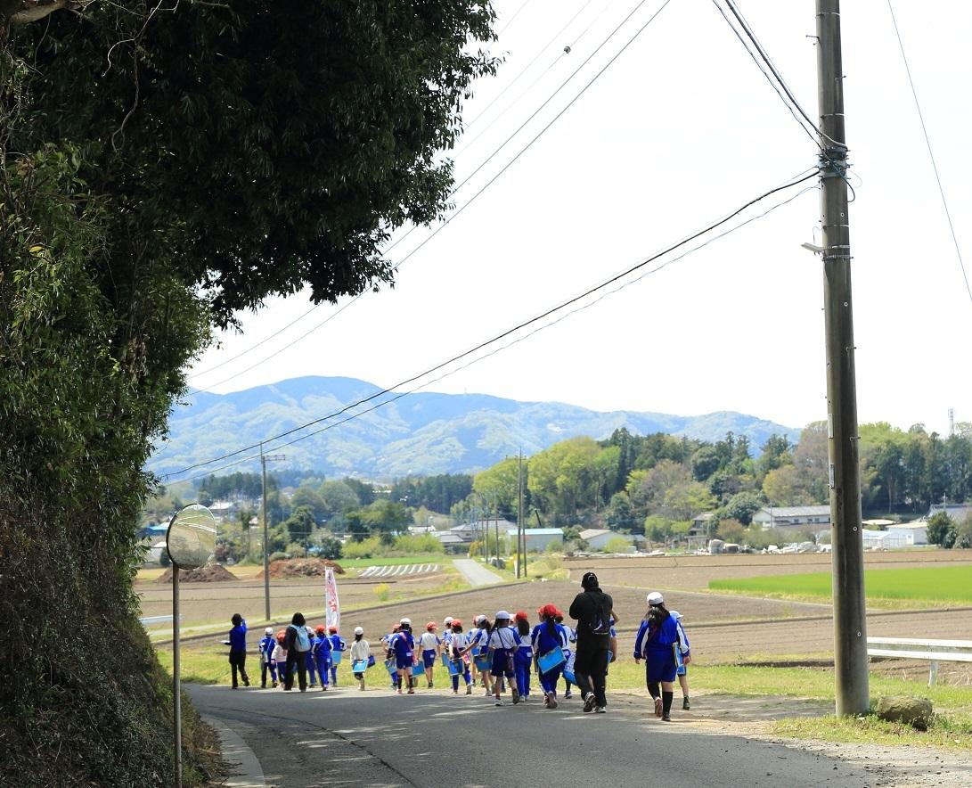 2017 4 20 子供達のスケッチの校外授業 ブログ用.jpg