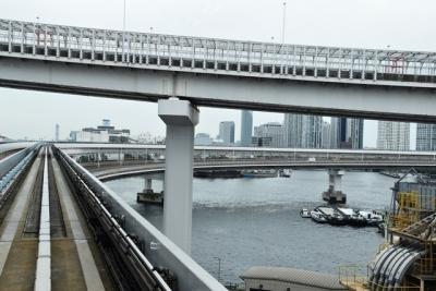 レインボーブリッジへのアプローチループ橋