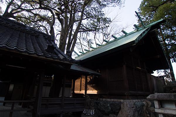 児子社拝殿