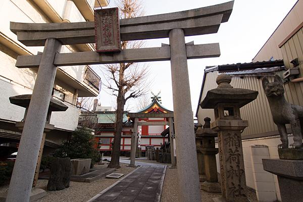 古渡稲荷神社北入口