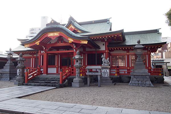 古渡稲荷神社社殿