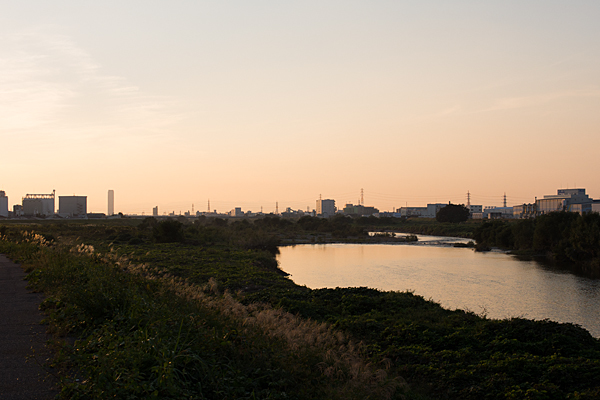庄内川の夕焼け秋