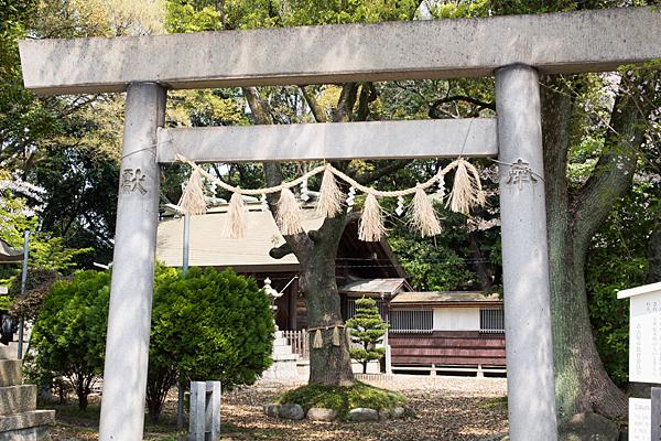 桜神明社入り口