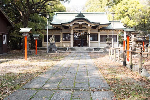 鳴海八幡拝殿