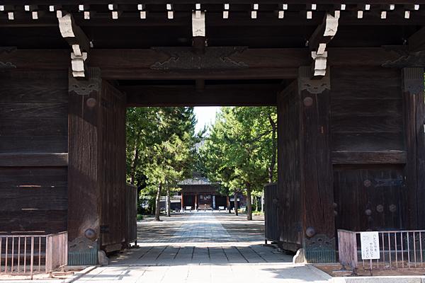 建中寺総門