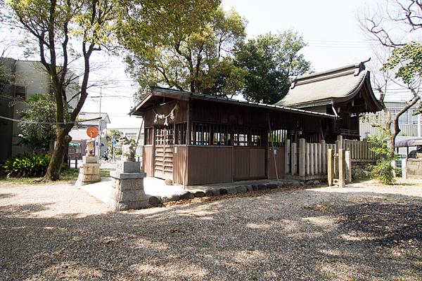 若宮八幡社社殿全景