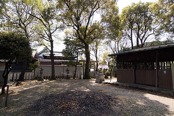 若宮八幡社境内の風景