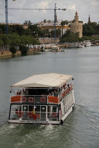 2473 Puente de Isabel II