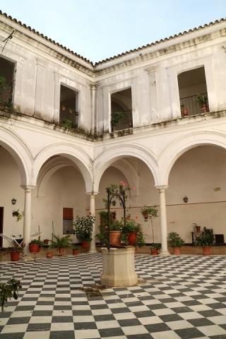 2764 Antiguo Convento Jesuita-M