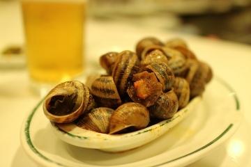 3264 Cerveceria Los Caracoles-M