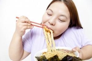 食べて太る