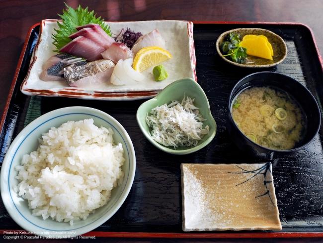 地魚刺し身定食(釜揚げしらす付)