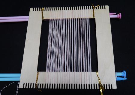 セリア手織りツール縦糸張り201703