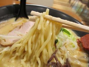 ふじのイオン新潟南 味噌そば 麺
