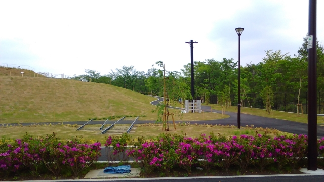 立川基地の新たに整備された場所にあるレール