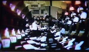 RICK WAKEMAN In Concert 1975-033