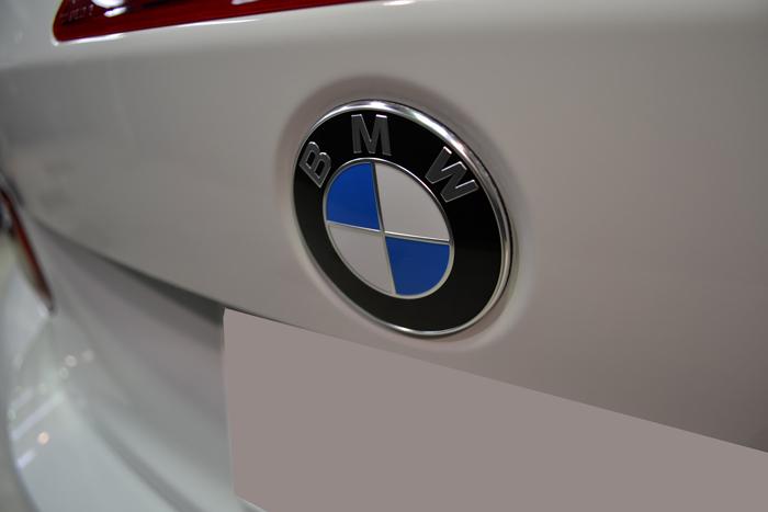 BMW710.jpg
