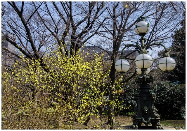 13640DSC_4928ss皇居正門石橋旧飾電燈