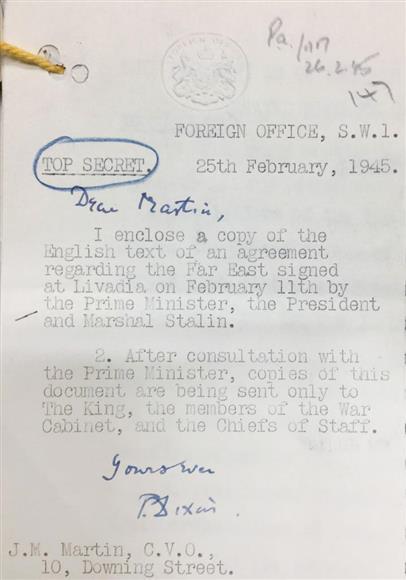wor17022308090001-p4_ヤルタ「密約」合意文書についてチャーチル英首相の指示1945年2月25日付公文書(英国立公文書館所蔵、岡部伸撮影)