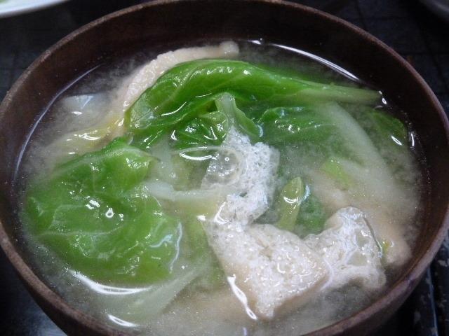 春キャベツの味噌汁
