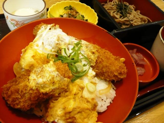 四六時中:ミニ牡蠣玉子とじ丼セット2