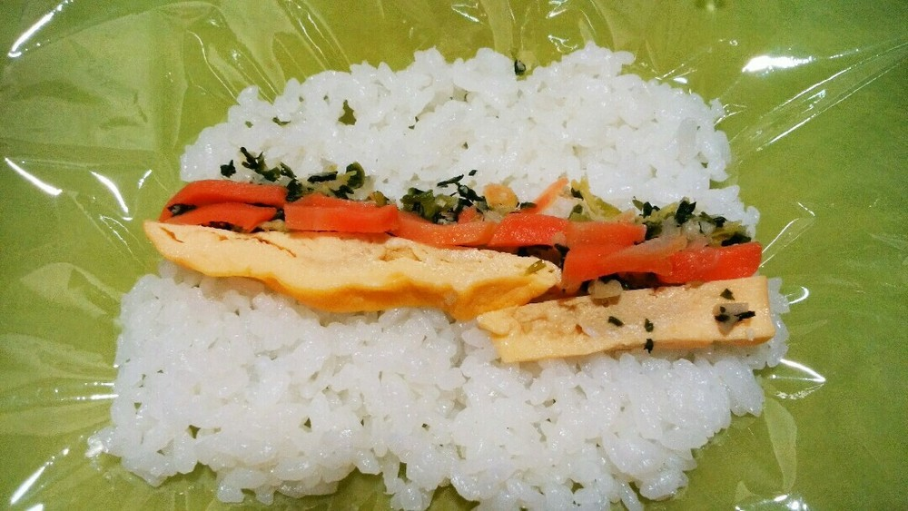 海苔なし巻き寿司の作り方5
