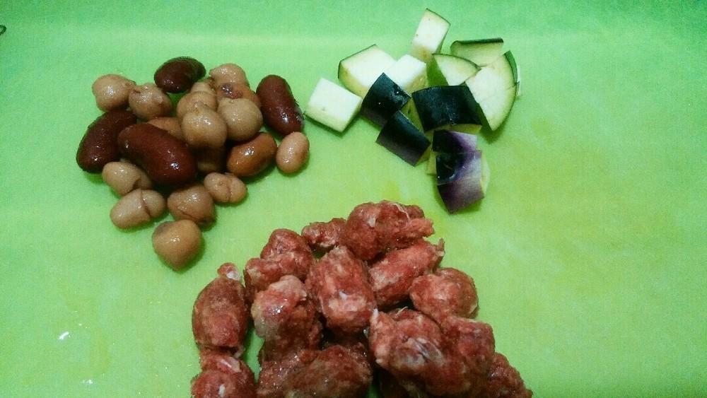 豆と鹿肉の煮込みの作り方1