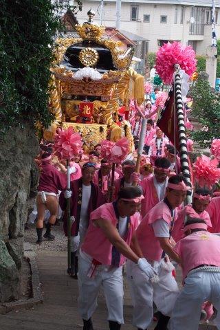 たかおか神社秋祭り 北今宿屋台の宮入り