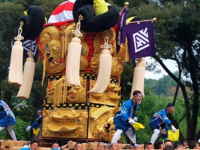 西条祭り 飯岡原八幡神社宮入り 岸影太鼓台