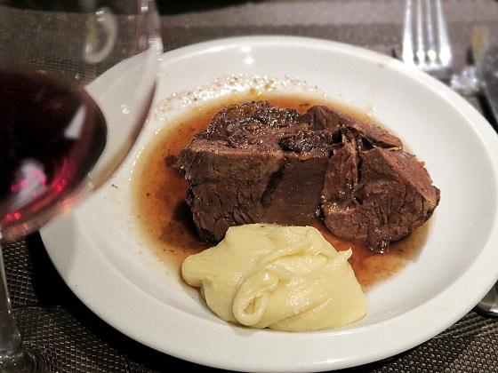 2017年2月ワイン会_牛すね肉の赤ワイン煮込み アリゴを添えて