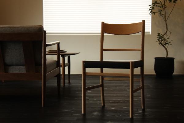 chair03-1.jpg
