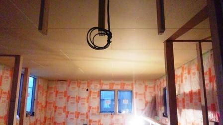 二階天井施工2