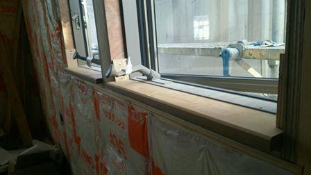 窓台施工2