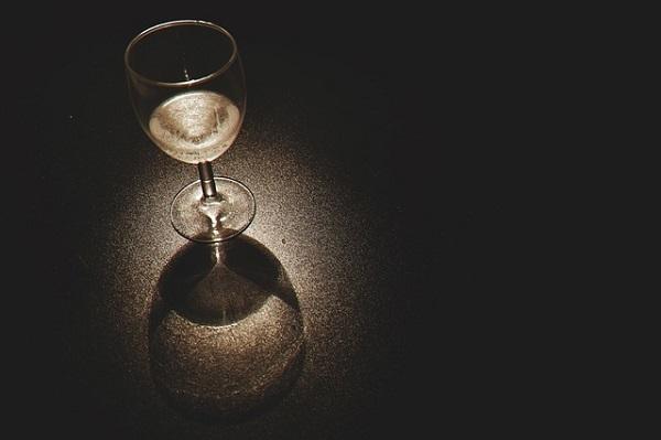 フリー画像・ワイングラス