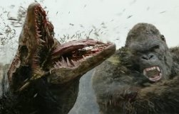 kong-skull-island-kong-destroys-helicopters-and-kills-skull-crawlers.jpg