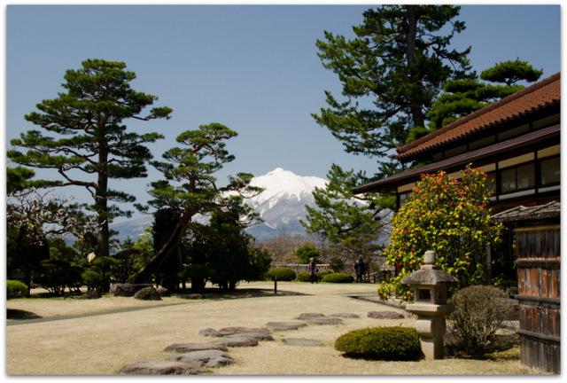 青森県 弘前市 藤田記念庭園 今日の岩木山 岩木山 写真 観光