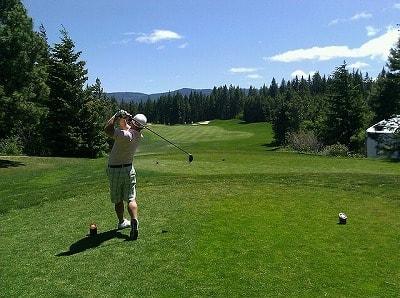 s-golfing-78257_640-min.jpg