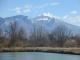 ため池と浅間山