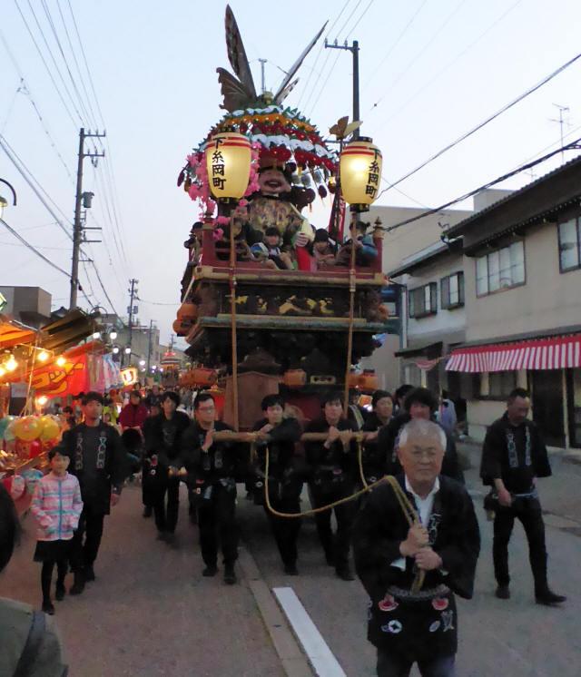下糸岡町「あげ羽蝶」5