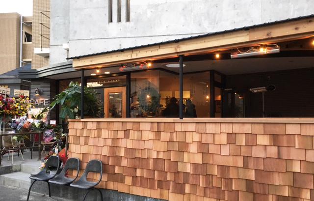 ■物件の隣にはオシャレなカフェ(Double Doors(ダブルドアーズ)茅ヶ崎店)がありますよ!!