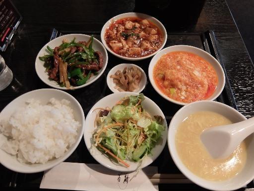 青椒肉絲・麻婆豆腐・エビチリ