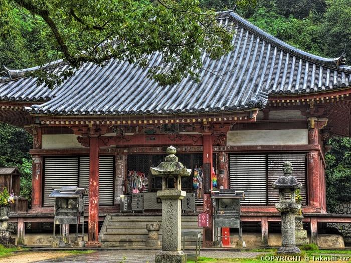 観音寺金堂