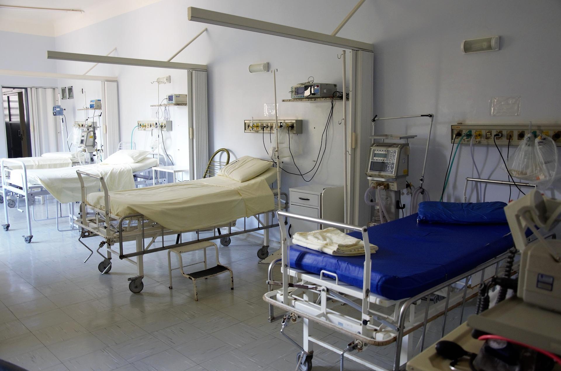 hospital-1802679_1920.jpg