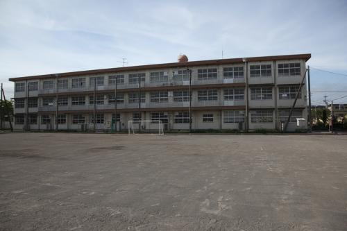 小学校画像2(無料サイトより)