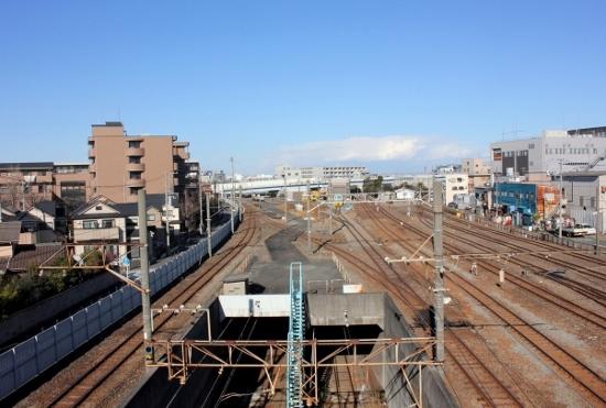 ㉑神奈川臨港鉄道 (550x371)