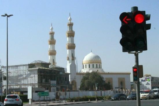 ④小モスク (550x367)